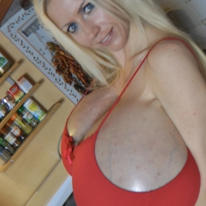 Giant tits blonde Beshine in the kitchen