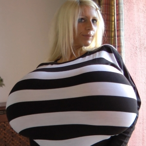 Huge Big Boobs Tight Top Explosion